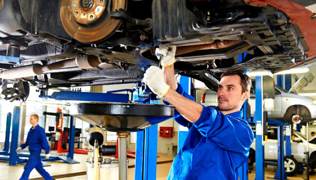 ремонт автомобиля на СТО