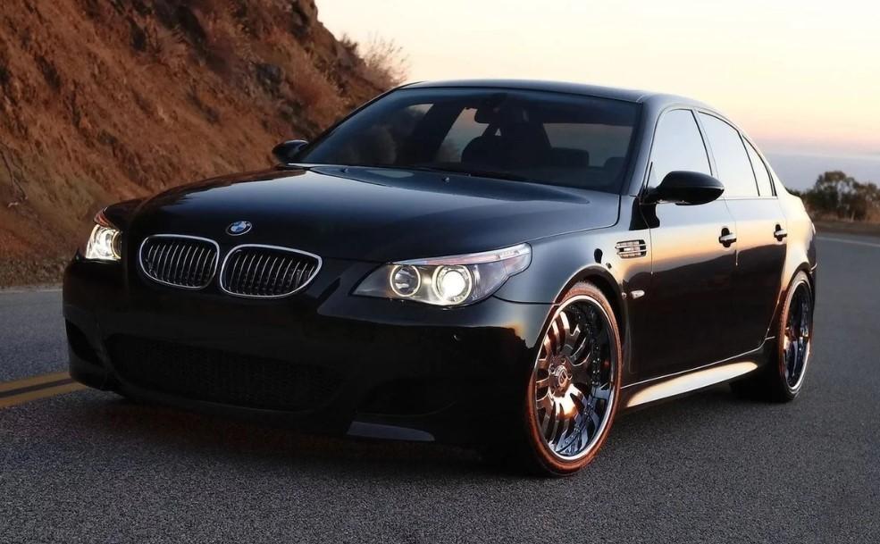 черный красавец BMW
