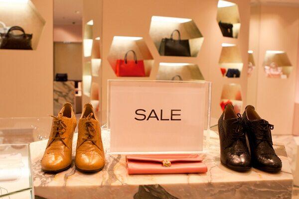 Как купить обувь со скидкой в Shoe Dept?